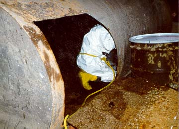 Underground Storage Tank cleaning (30479 bytes)
